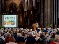 174 2020 Flower Display Opening - Demonstration -  Salisbury Cathedral 15thJune2019- photo by Ash Mills
